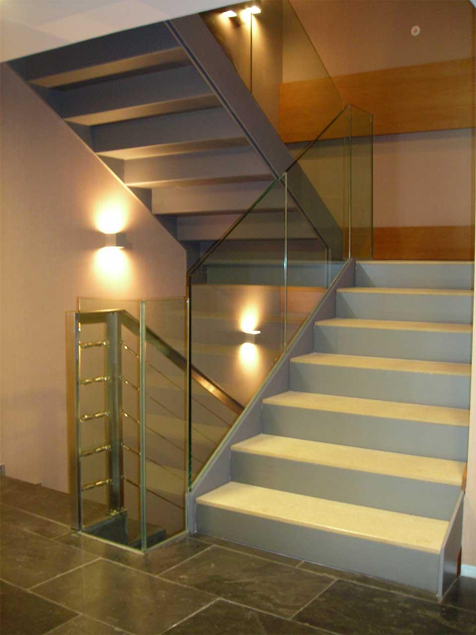 Escaleras 04